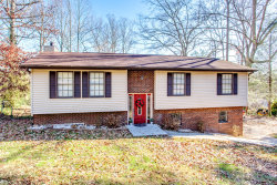 Photo of 135 Brentwood Circle, Oliver Springs, TN 37840 (MLS # 1101972)