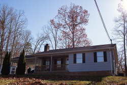 Photo of 106 Whittaker Rd, Strawberry Plains, TN 37871 (MLS # 1103211)
