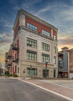 Photo of 300 S Gay St Apt 102, Knoxville, TN 37902 (MLS # 1104726)