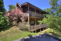 Photo of 572 Country Oaks Drive, Pigeon Forge, TN 37863 (MLS # 1118723)