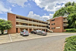 Photo of 1800 Terrace Ave Apt 6, Knoxville, TN 37916 (MLS # 1125039)