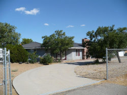 Photo of 14081 Osage Road, Apple Valley, CA 92307 (MLS # 489352)