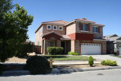 Photo of 13498 Bentwood Street, Oak Hills, CA 92344 (MLS # 489392)