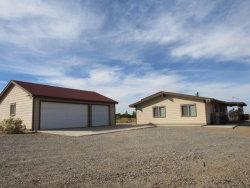 Photo of 4674 Sundown Drive, Phelan, CA 92371 (MLS # 493362)