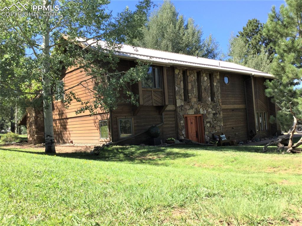 Photo for 320 Morning Sun Drive, Woodland Park, CO 80863 (MLS # 4158388)