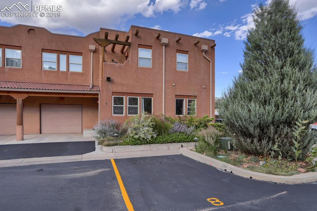 Photo for 8 Taos Place, Manitou Springs, CO 80829 (MLS # 5242440)