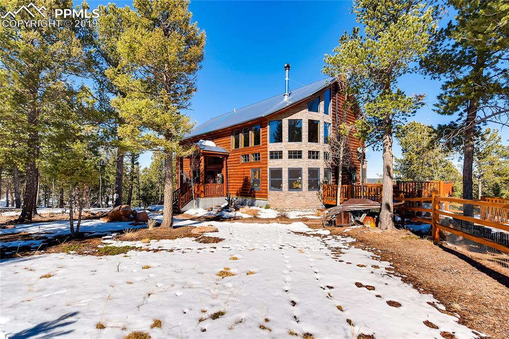 Photo for 9 Arapahoe Trail, Woodland Park, CO 80863 (MLS # 6055760)