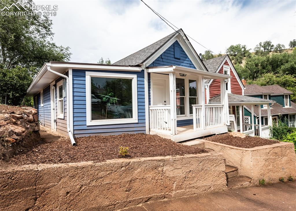 Photo for 4-6 Waltham Avenue, Manitou Springs, CO 80829 (MLS # 6976768)