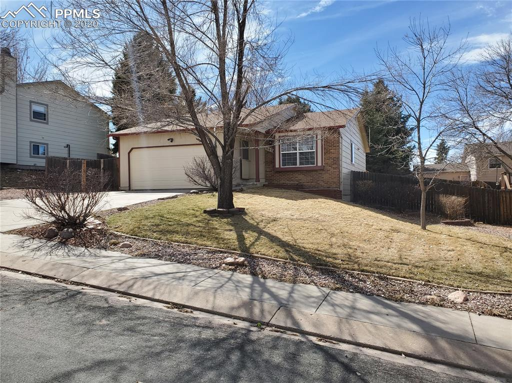 Photo for 6624 Pony Express Drive, Colorado Springs, CO 80918 (MLS # 8767951)