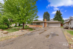 Photo of 644 W Broadway Avenue, Meridian, ID 83642 (MLS # 98730644)