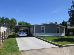 Photo of 912 4th Ave North, Nampa, ID 83651 (MLS # 98735483)