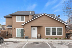 Photo of 6042 W Port Ln, Boise, ID 83703 (MLS # 98761796)