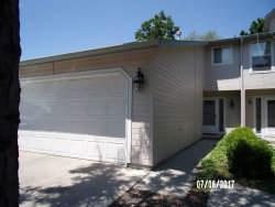 Photo of 7046 W Irving, Boise, ID 83704 (MLS # 98659561)