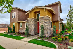 Photo of 3422 S Pheasant Tail Way, Boise, ID 83716 (MLS # 98671084)