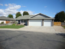 Photo of 2650 N Chancery, Meridian, ID 83646 (MLS # 98671639)