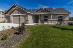 Photo of 822 S Whitewater Dr, Nampa, ID 83686 (MLS # 98671783)