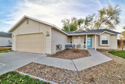 Photo of 2209 S Plateau Dr, Nampa, ID 83686 (MLS # 98677932)