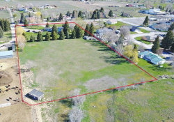 Photo of 415 Sunset Dr, Arco, ID 83213 (MLS # 98680099)