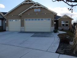 Photo of 5933 N Exeter Ave, Meridian, ID 83646-4624 (MLS # 98680253)