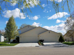 Photo of 324 S Valley Drive, Nampa, ID 83686 (MLS # 98689331)