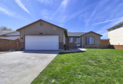 Photo of 829 W Sheridan Ave, Nampa, ID 83686 (MLS # 98689566)