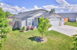 Photo of 8 Greenlinks Ave, Middleton, ID 83644-5009 (MLS # 98692960)