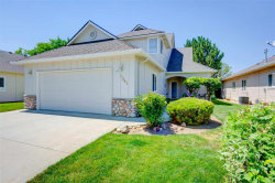 Photo of 2341 N Bent Grass Ln, Meridian, ID 83646 (MLS # 98700191)