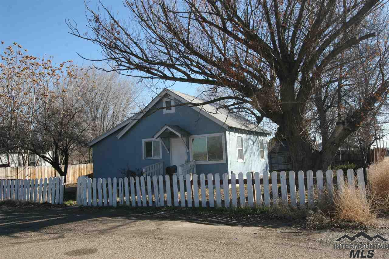 Photo for 516 N 13th Ave, Caldwell, ID 83605 (MLS # 98716286)