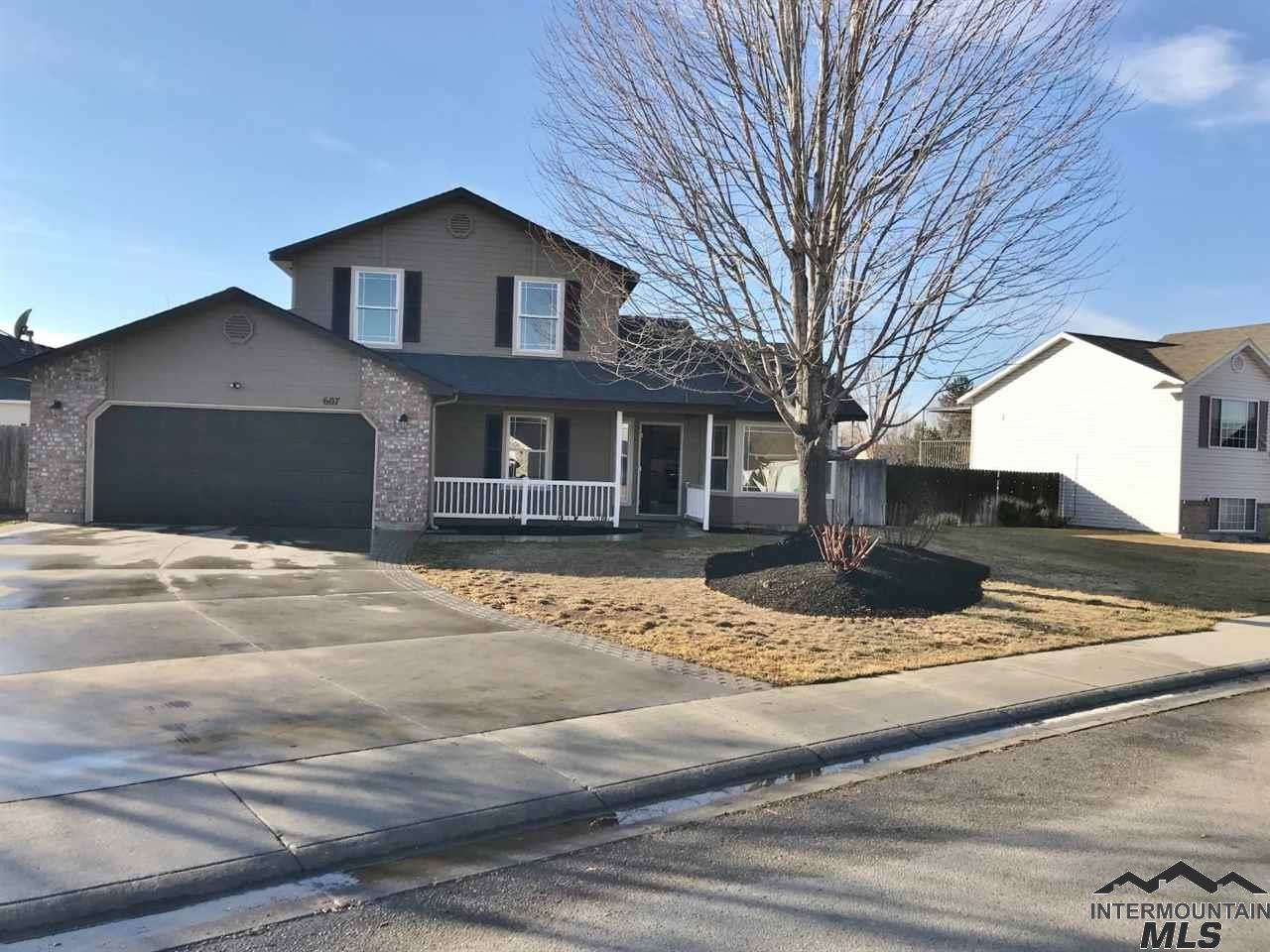 Photo for 607 N Orchard Heights Way, Nampa, ID 83651 (MLS # 98716381)