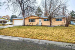 Photo of 914 Imperial Way, Boise, ID 83704 (MLS # 98719342)