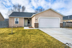 Photo of 409 Midvale Ave, Caldwell, ID 83605 (MLS # 98719940)