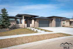 Photo of 1129 Creekwater Way, Eagle, ID 83616 (MLS # 98722472)