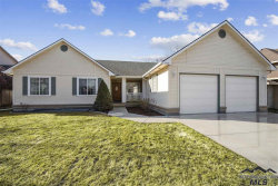 Photo of 10433 W Hinsdale Court, Boise, ID 83704 (MLS # 98722555)