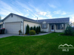Photo of 643 N Mineral Wells Ave, Meridian, ID 83642 (MLS # 98726333)