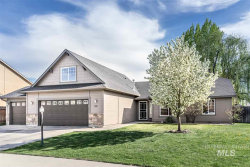 Photo of 857 E Stormy Drive, Meridian, ID 83646 (MLS # 98726559)