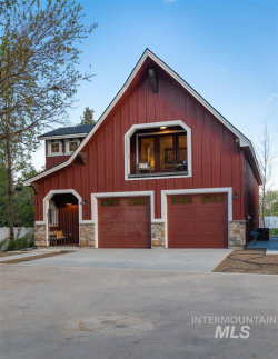 Photo of 717 W Bosanka Ln, Eagle, ID 83616 (MLS # 98729471)