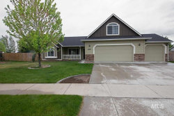 Photo of 10427 W Snow Wolf Dr, Star, ID 83669-0000 (MLS # 98729930)
