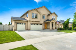 Photo of 4227 S Tindaris, Meridian, ID 83642 (MLS # 98730406)