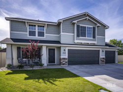 Photo of 3049 W Fuji Ct, Kuna, ID 83634-5438 (MLS # 98733579)