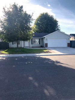 Photo of 604 Cornwall Way, Fruitland, ID 83619 (MLS # 98736583)