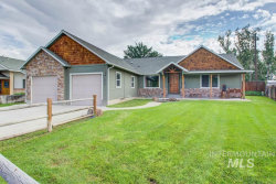 Photo of 2602 Golden Ave, Fruitland, ID 83619 (MLS # 98738103)