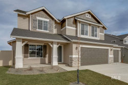 Photo of 1466 W Crooked River Dr, Meridian, ID 83642 (MLS # 98740982)