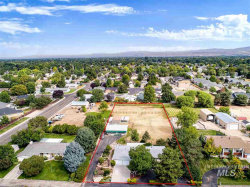Photo of 9720 W Halstead Dr, Boise, ID 83704 (MLS # 98741565)