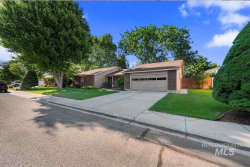 Photo of 10395 W Skycrest Dr, Boise, ID 83704 (MLS # 98744683)