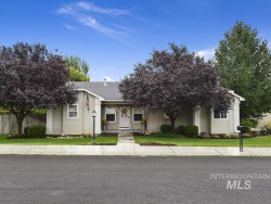 Photo of 2882 N Wren Ave, Meridian, ID 83646 (MLS # 98744719)
