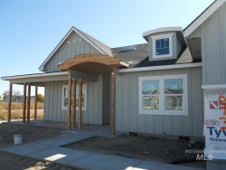 Photo of 10073 Riverbend Place, Middleton, ID 83644 (MLS # 98747255)