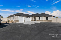 Photo of 904 W Greenhurst, Nampa, ID 83686 (MLS # 98747907)