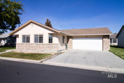 Photo of 716 W Oxford Drive, Nampa, ID 83651 (MLS # 98747956)