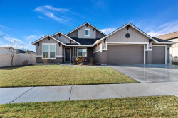 Photo of 1223 W Bear Track Dr, Meridian, ID 83642 (MLS # 98750150)