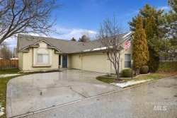 Photo of 5704 N Parchment Ave, Boise, ID 83713 (MLS # 98754695)